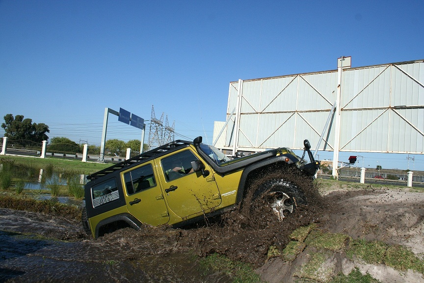 Click image for larger version  Name:Jeep Track 097.jpg Views:598 Size:232.9 KB ID:3519