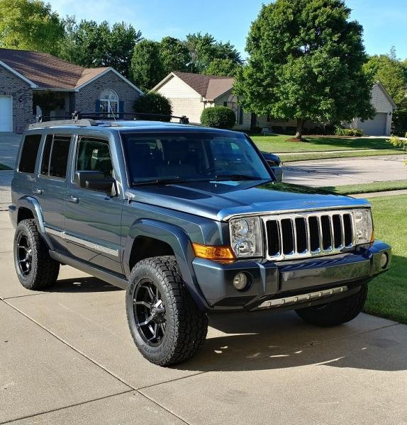 Showcase cover image for CommanderFan's 2007 Jeep Commander