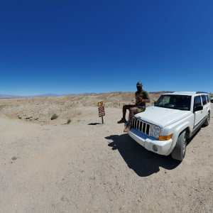 jeep anza borrego badlands.jpg